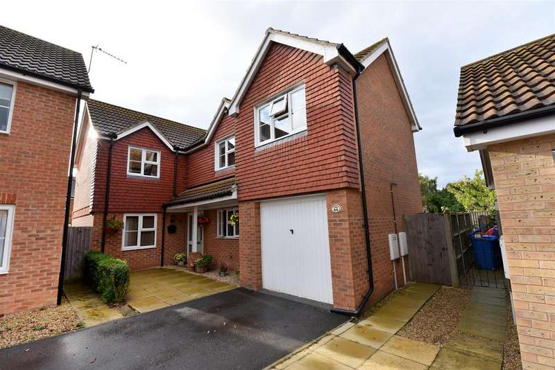 5 Bedrooms Property for sale in St. Bedes Drive, Boston