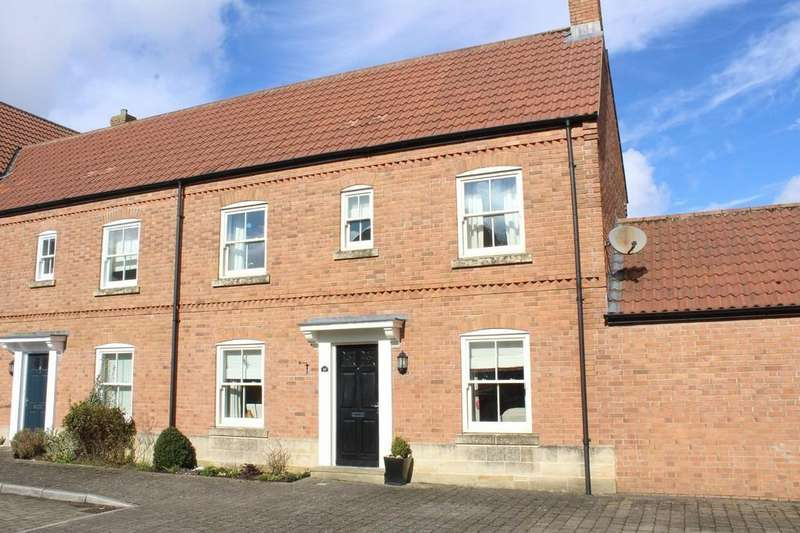 3 Bedrooms End Of Terrace House for sale in Clarks Meadow, Shepton Mallet