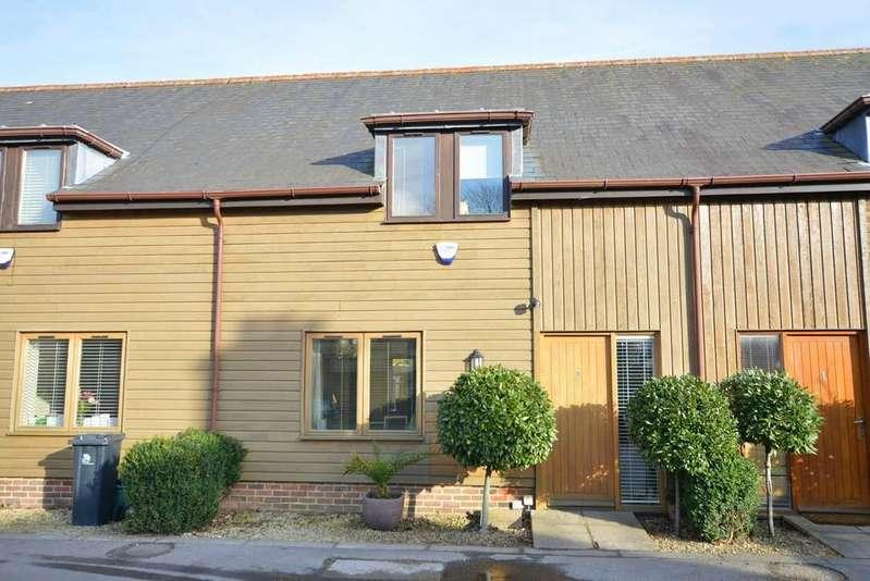 3 Bedrooms Terraced House for sale in Ringwood Road, Ferndown