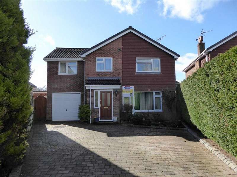 4 Bedrooms Detached House for sale in Heron Close, Farndon, Chester, Chester