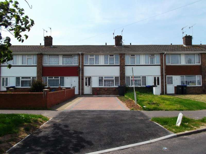 3 Bedrooms Terraced House for rent in South Lancing
