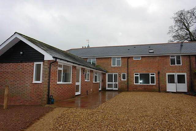 4 Bedrooms Semi Detached House for rent in Nr Burghclere, Newbury, Berkshire