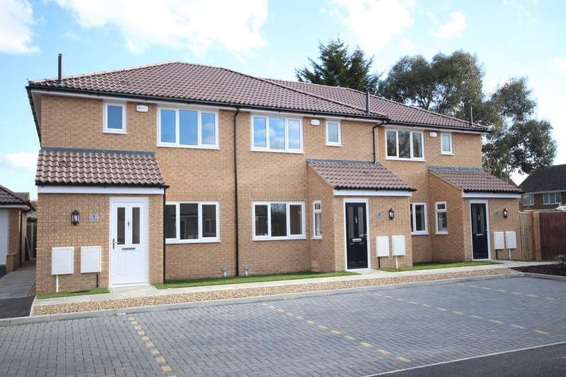 3 Bedrooms End Of Terrace House for sale in Viking Close, Barton Le Clay , MK45