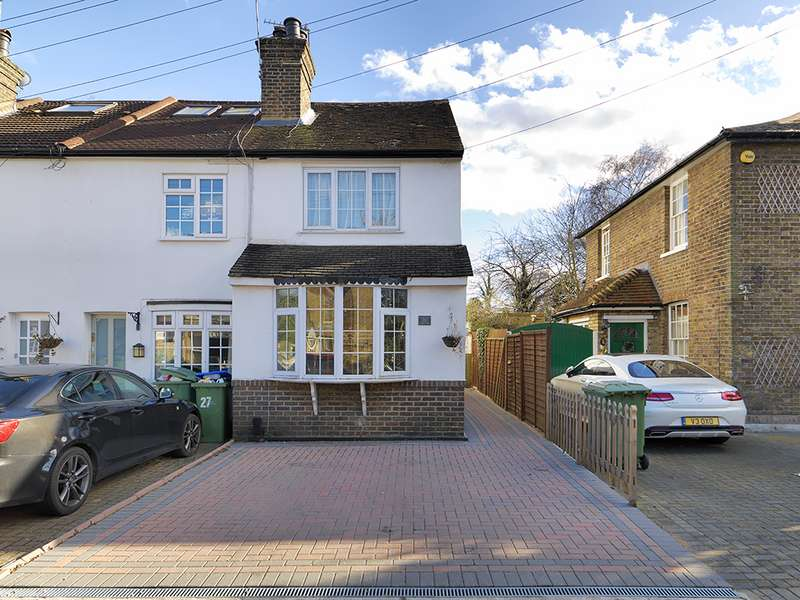3 Bedrooms Property for sale in Rushett Close, Thames Ditton, KT7