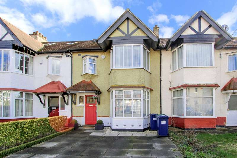 4 Bedrooms Terraced House for sale in Fairfield Crescent, Edgware, HA8