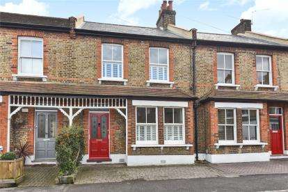 2 Bedrooms Terraced House for sale in Burnhill Road, Beckenham