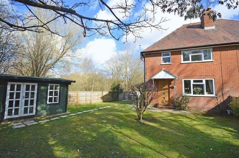 3 Bedrooms Property for sale in Tilford Road Churt, Farnham