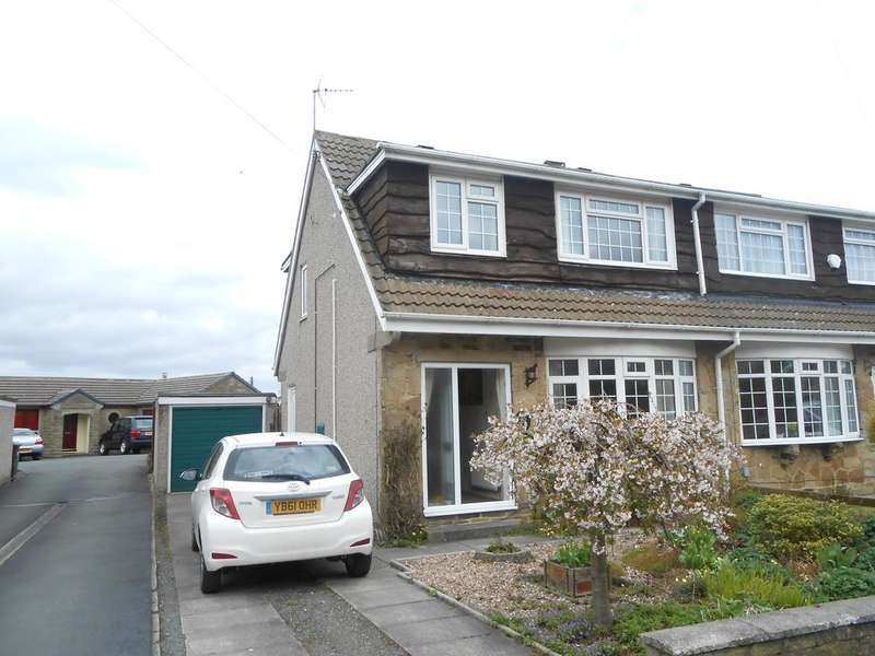 3 Bedrooms Semi Detached House for sale in Foster Park Road, Denholme BD13