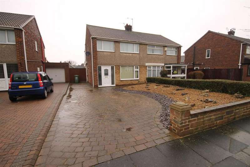 3 Bedrooms Semi Detached House for rent in Commondale Drive, Seaton Carew, Hartlepool