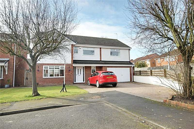 5 Bedrooms Detached House for sale in Robin Close, Ingleby Barwick