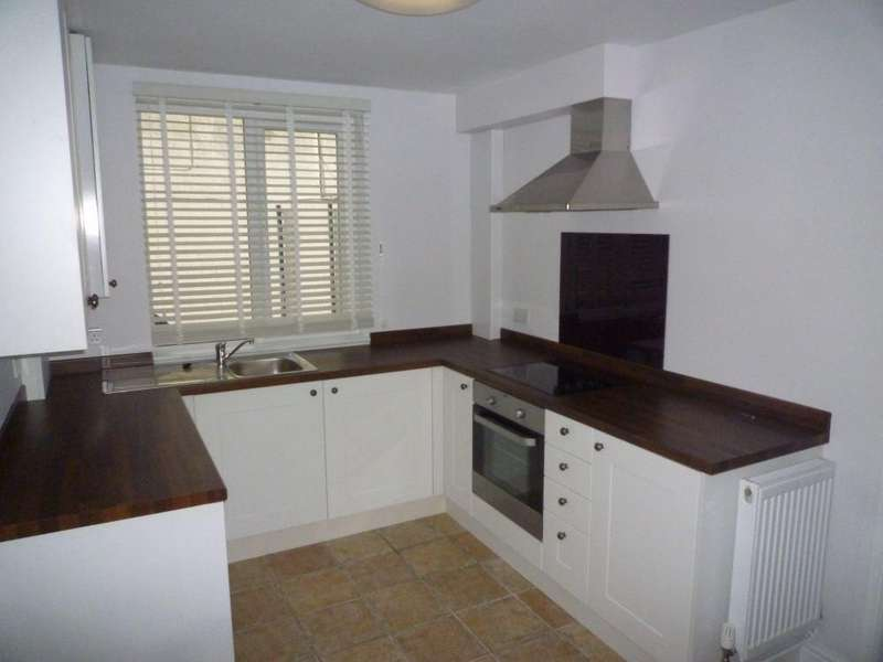 3 Bedrooms Cottage House for rent in Clifton Road, SHEFFORD, Bedfordshire