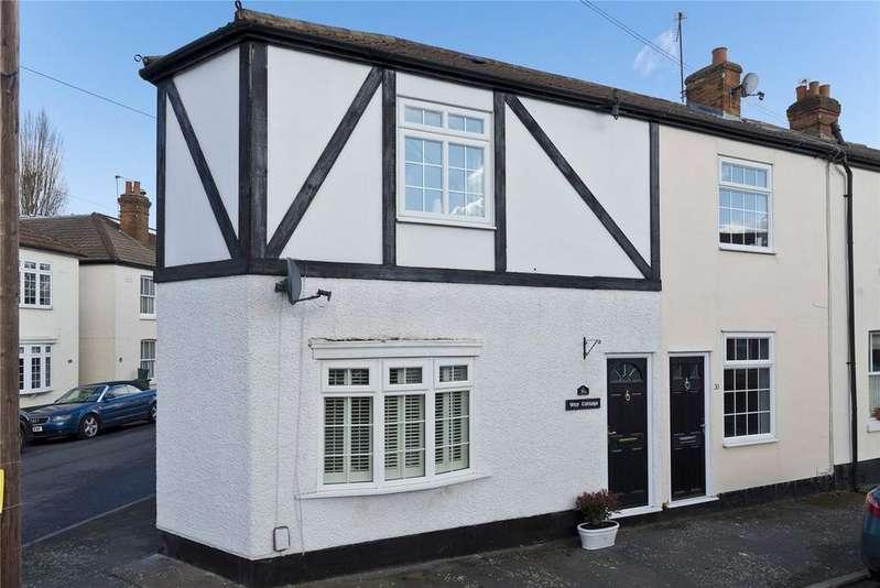 2 Bedrooms End Of Terrace House for sale in Glencoe Road, Weybridge, KT13