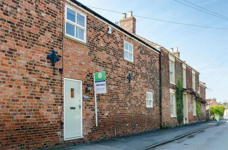 3 Bedrooms Terraced House for sale in 19b Westgate, Patrington, East Riding of Yorkshire