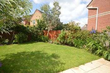 3 Bedrooms Detached House for rent in Goldsmith Drive, Sandbach, CW11 3GR