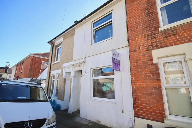 3 Bedrooms Terraced House for sale in Landguard Road, EASTNEY, Hampshire