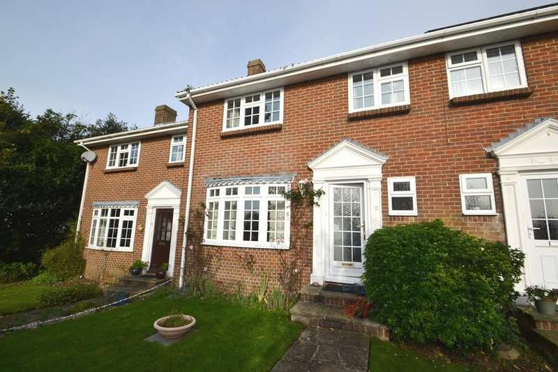 2 Bedrooms Terraced House for sale in Firsdown Close, Worthing, West Sussex, BN13 3BQ
