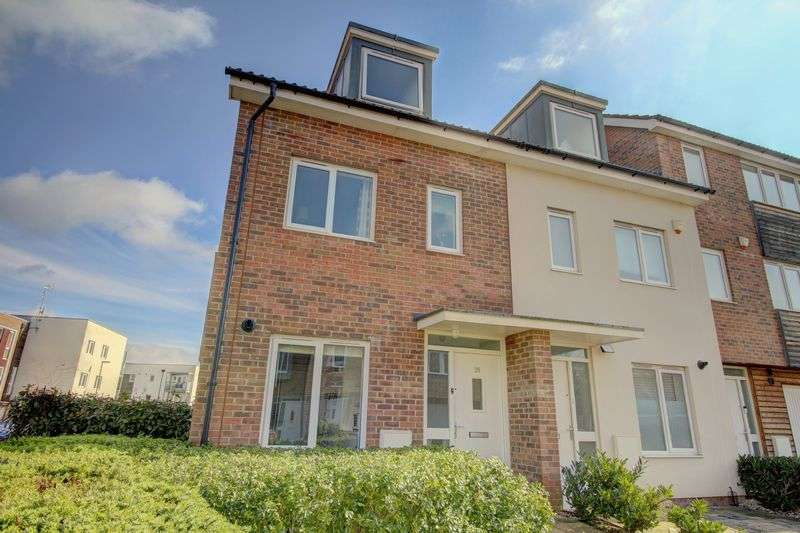3 Bedrooms Property for sale in Tenzing Gardens, Basingstoke