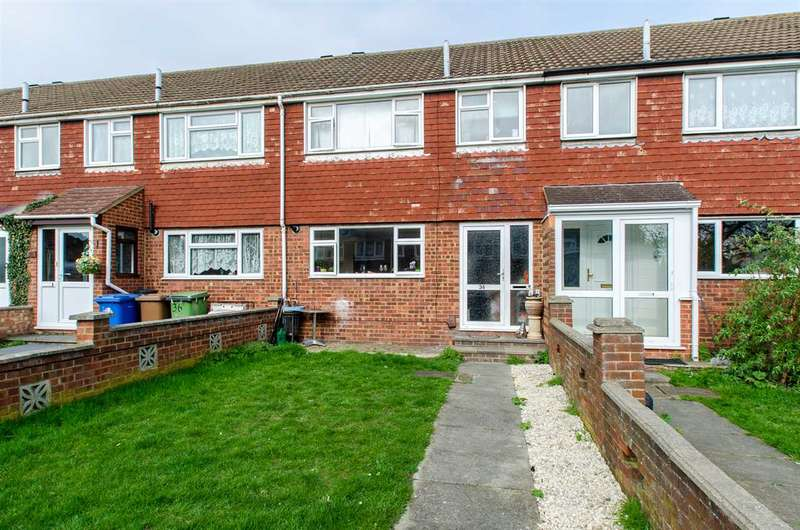 3 Bedrooms Terraced House for sale in Walmer Gardens, Sittingbourne