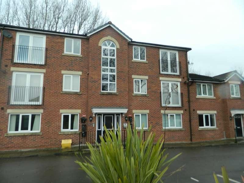 2 Bedrooms Flat for sale in Neville Street, Platt Bridge, Wigan, WN2