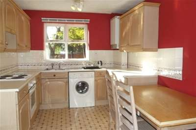 4 Bedrooms Semi Detached House for rent in Exeter