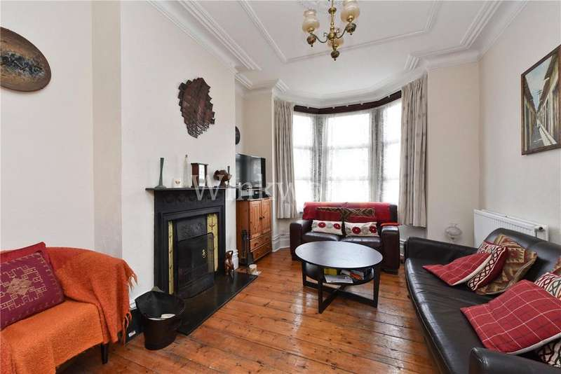 3 Bedrooms Terraced House for rent in Hillside Road, London, N15