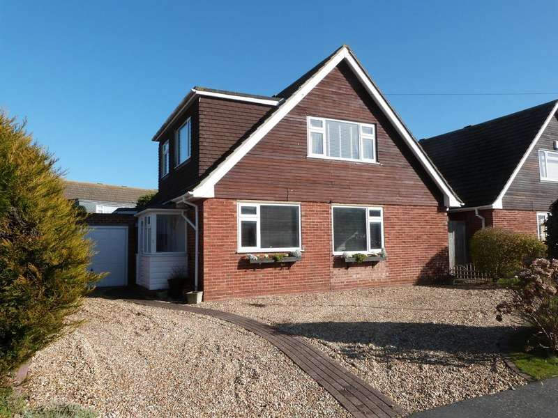 4 Bedrooms Detached House for sale in Burlington Gardens, Selsey