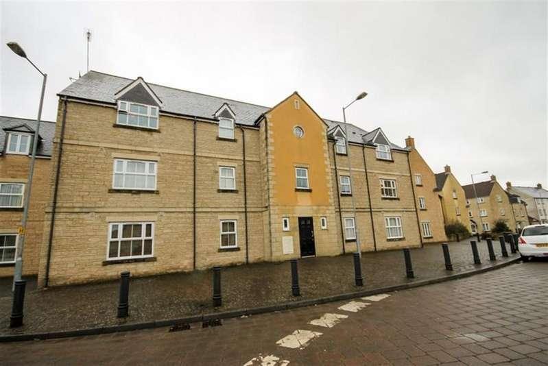 2 Bedrooms Flat for rent in Freestone Way, Corsham