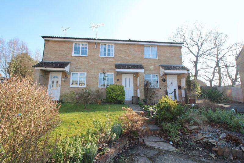 2 Bedrooms Terraced House for sale in Gander Close, Burgess Hill