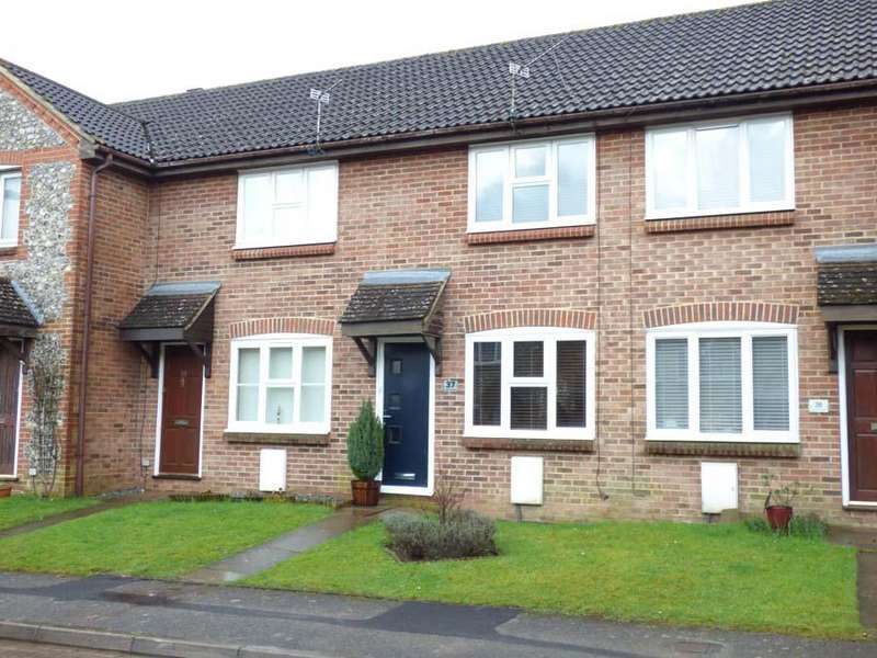 2 Bedrooms House for sale in Vallance Close, Burgess Hill, RH15