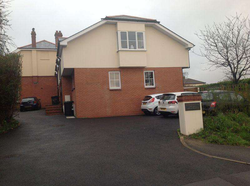 2 Bedrooms End Of Terrace House for rent in Victoria Road, Barnstaple