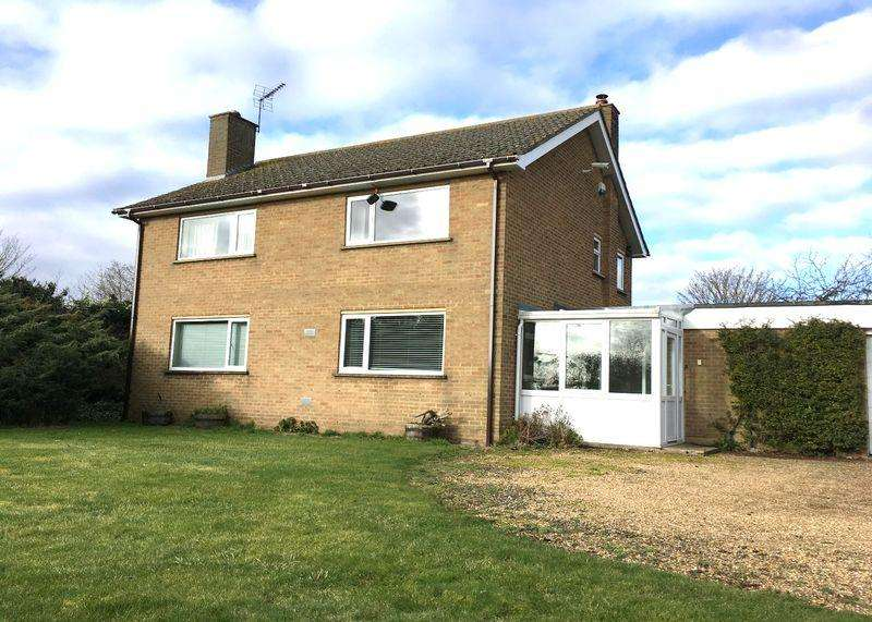 3 Bedrooms Detached House for sale in Crowland
