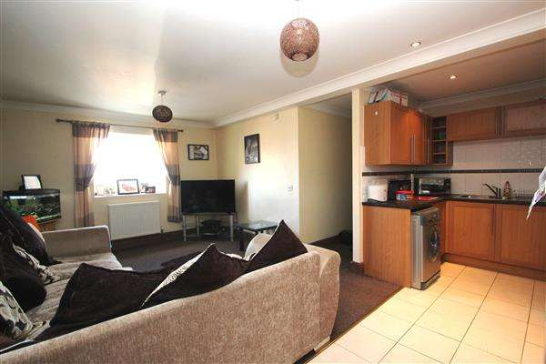 2 Bedrooms Apartment Flat for sale in Empire Apartments, South Elmsall