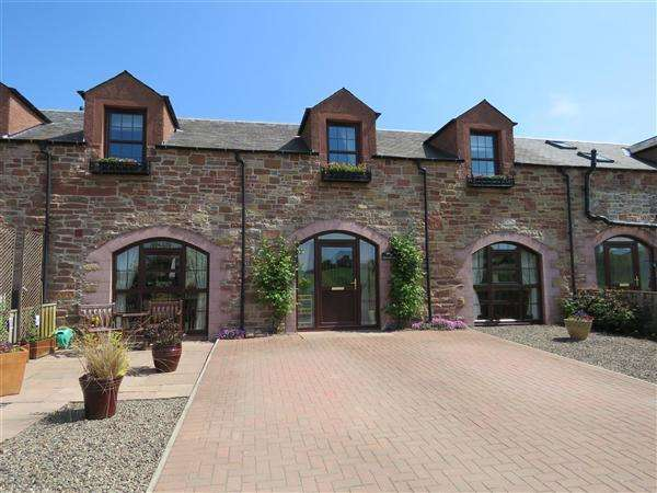 3 Bedrooms Terraced House for sale in The Hayloft, Charlesfield Steading, St. Boswells