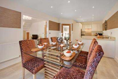 3 Bedrooms Link Detached House for sale in Seaton