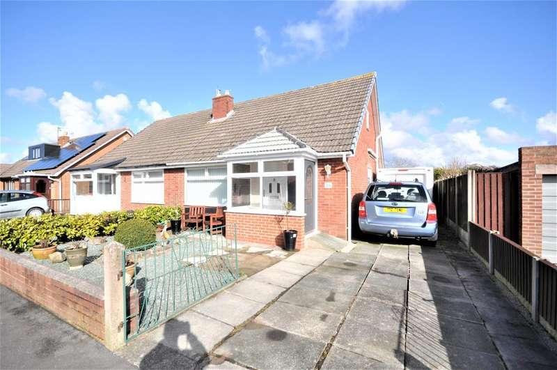 2 Bedrooms Semi Detached Bungalow for sale in Park Lane, Wesham, Preston, Lancashire, PR4 3HG