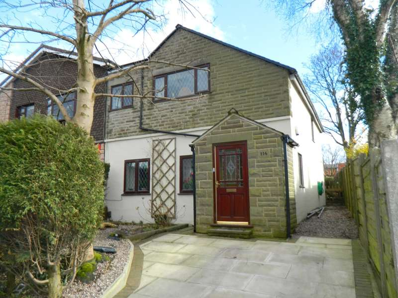3 Bedrooms Semi Detached House for sale in Tottington Road, Bolton, BL2