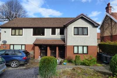 1 Bedroom Flat for rent in Woodland Court, Colwyn Bay