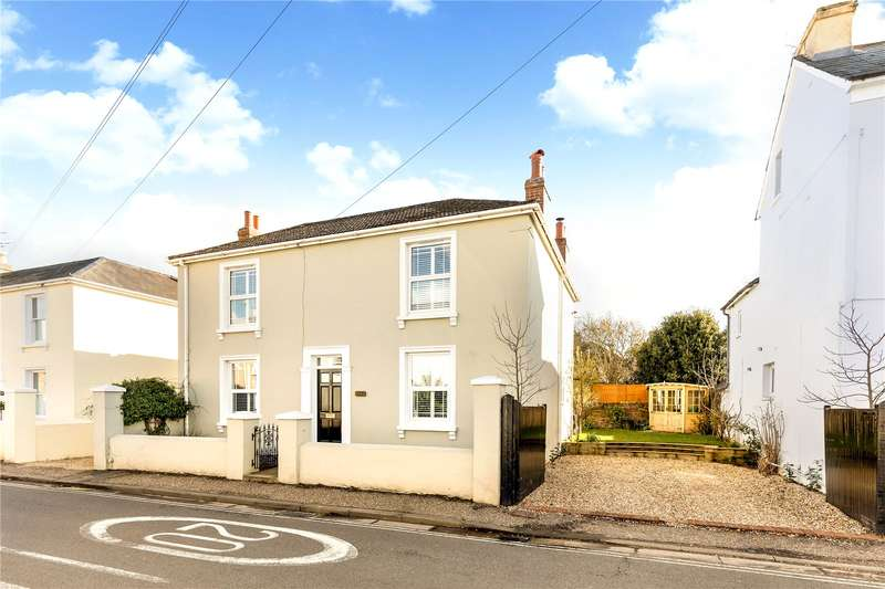 4 Bedrooms Detached House for sale in Oving Road, Chichester, West Sussex, PO19
