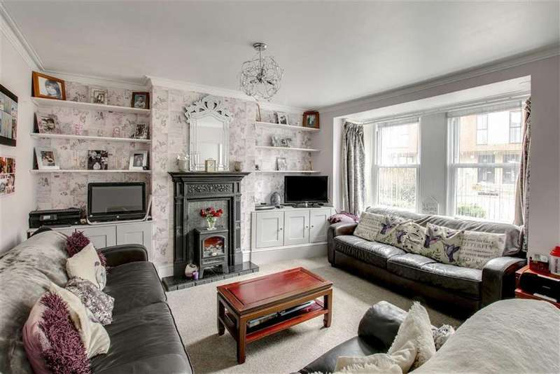 3 Bedrooms Terraced House for sale in Claremont Road, Seaford