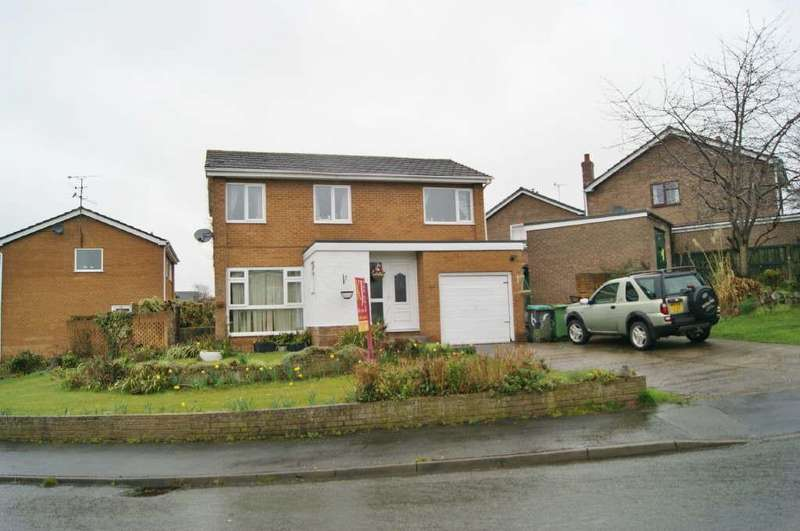4 Bedrooms Detached House for sale in Forest Road, Llay