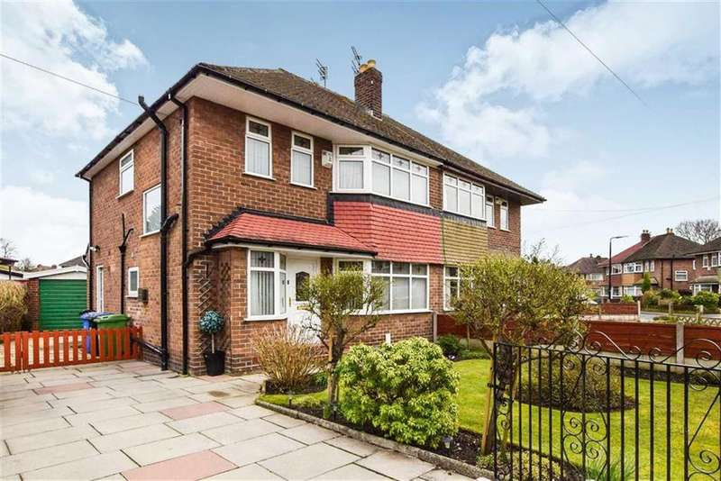 3 Bedrooms Semi Detached House for sale in Monmouth Avenue, Sale, M33