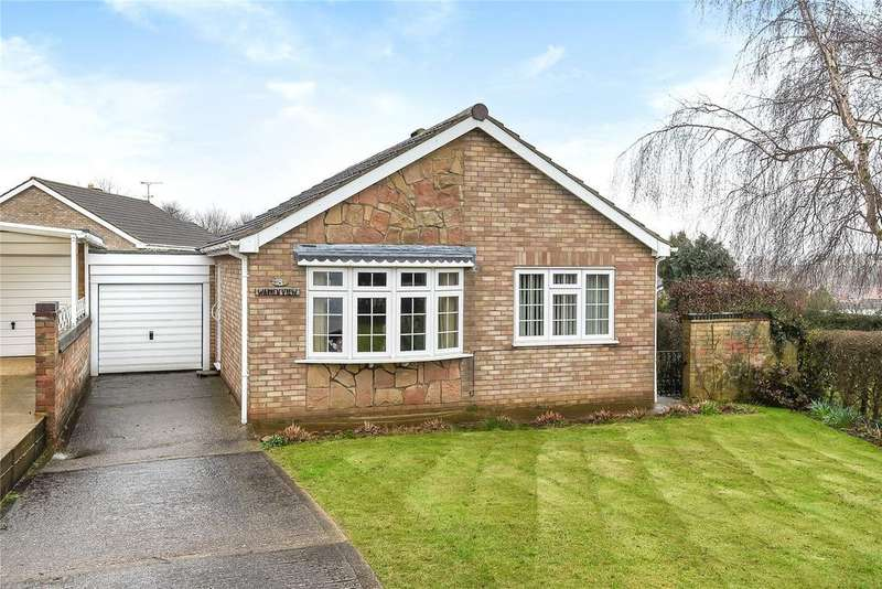 2 Bedrooms Bungalow for sale in Chichester Close, Grantham, NG31