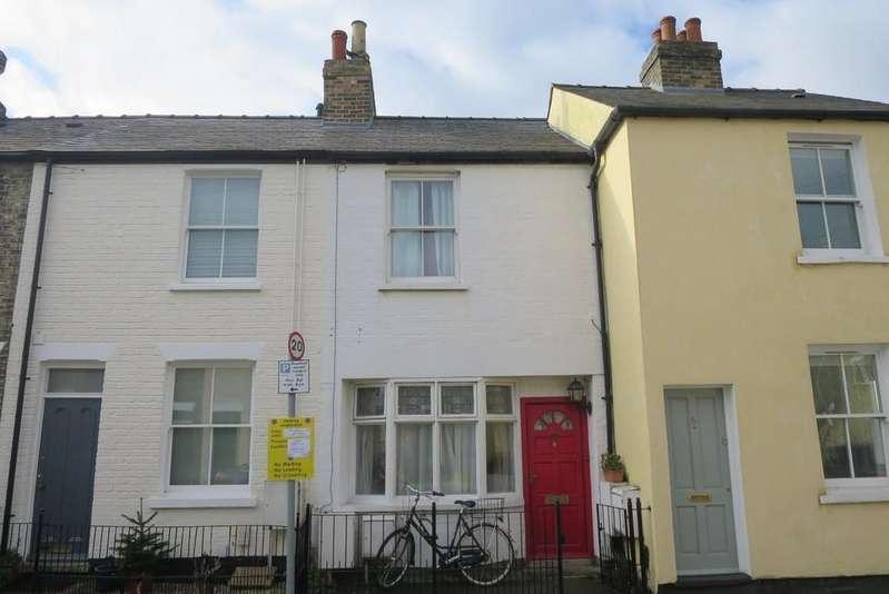 2 Bedrooms Terraced House for sale in Cross Street, Cambridge