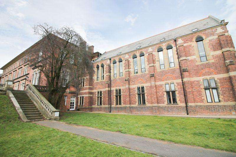 2 Bedrooms Terraced House for sale in Wilkinson Court, Ripon