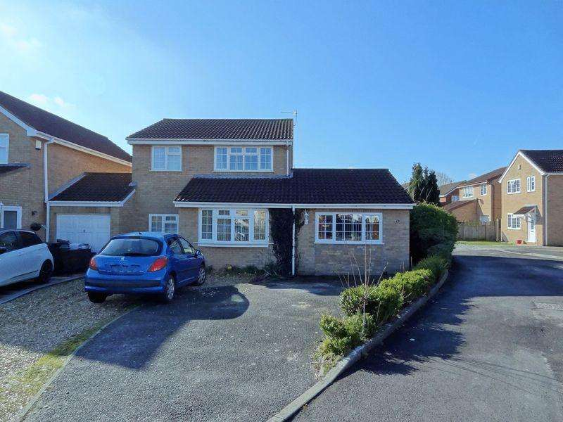 4 Bedrooms House for sale in Stratton Close, Bridgwater