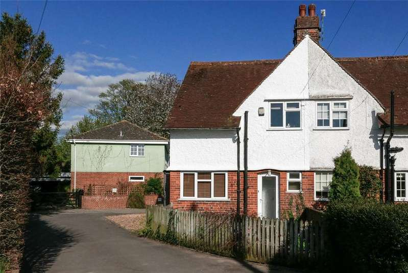 3 Bedrooms Semi Detached House for rent in St. Johns Close, Marlborough, Wiltshire, SN8