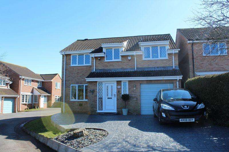 4 Bedrooms Detached House for sale in Bramblewood Road, Worle