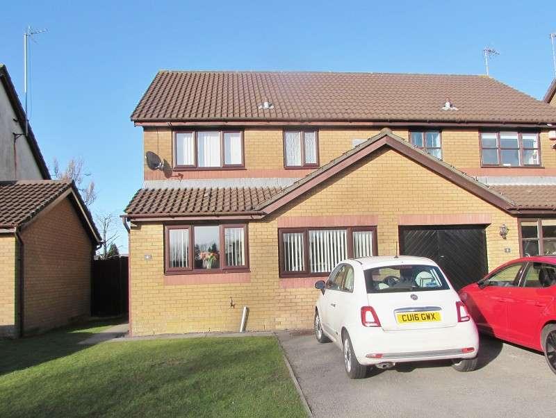 3 Bedrooms Semi Detached House for sale in Pont Newydd , Pencoed, Bridgend. CF35 5PQ