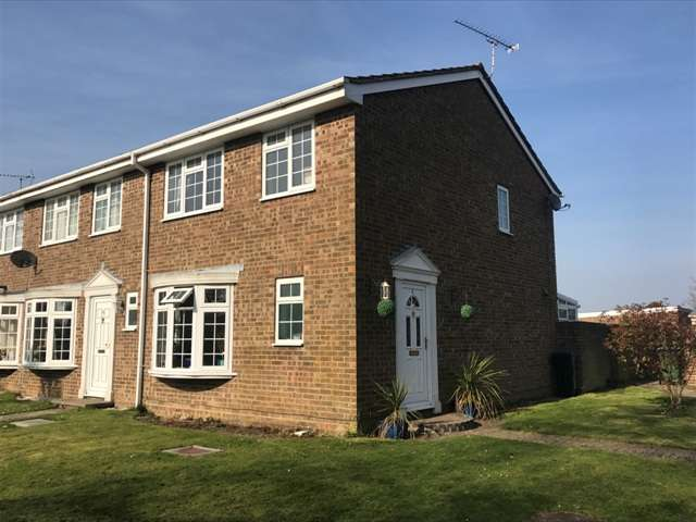 3 Bedrooms End Of Terrace House for sale in Pinehurst Park, Aldwick, Bognor Regis, West Sussex. PO21 3DL