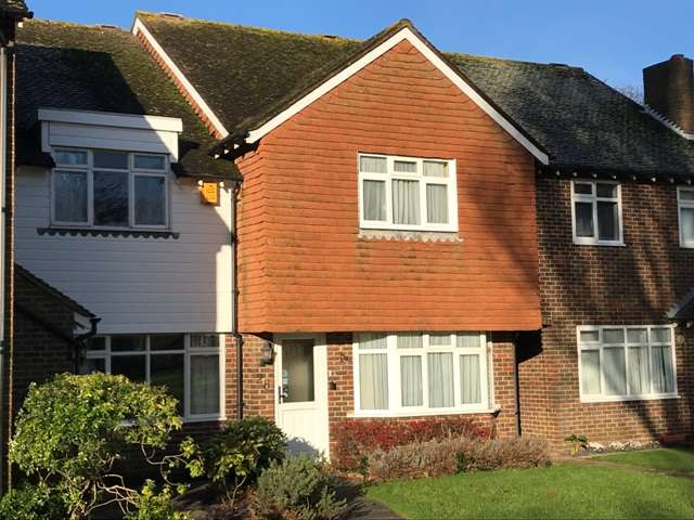 3 Bedrooms Terraced House for sale in Old Place, Aldwick, Bognor Regis, West Sussex. PO21 3AX